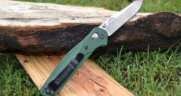 SOG Seal Team Knife Review | Wilderness Today